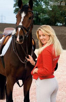 Эллен Уитакер с пеленок занималась конным спортом и сама была похожа на изящную породистую кобылку