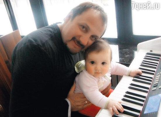С младшей дочерью Иванной