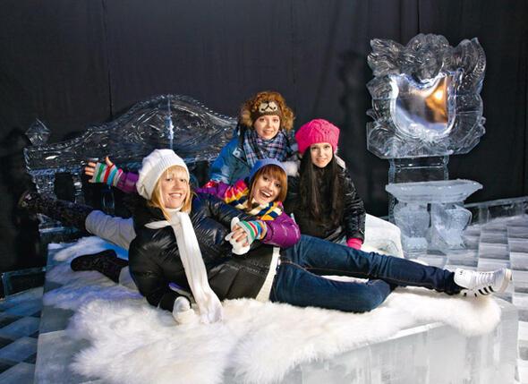 «Ранетки» (слева направо): Лена Третьякова, Аня Руднева, Женя Огурцова, Наташа Щелкова