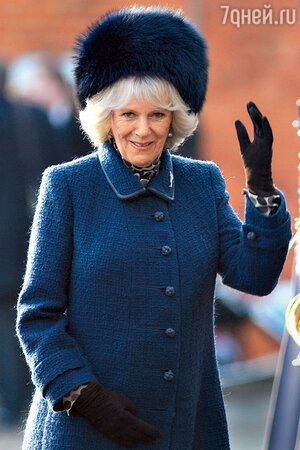 У Камиллы Паркер-Боулз не всегда удачные шапки...