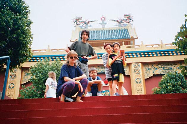 Толмацкие с Ириной и Родионом Газмановыми в Китае