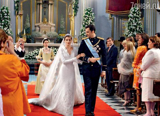 Наследный принц Испании Филипе женился на журналистке Летиции Ортис
