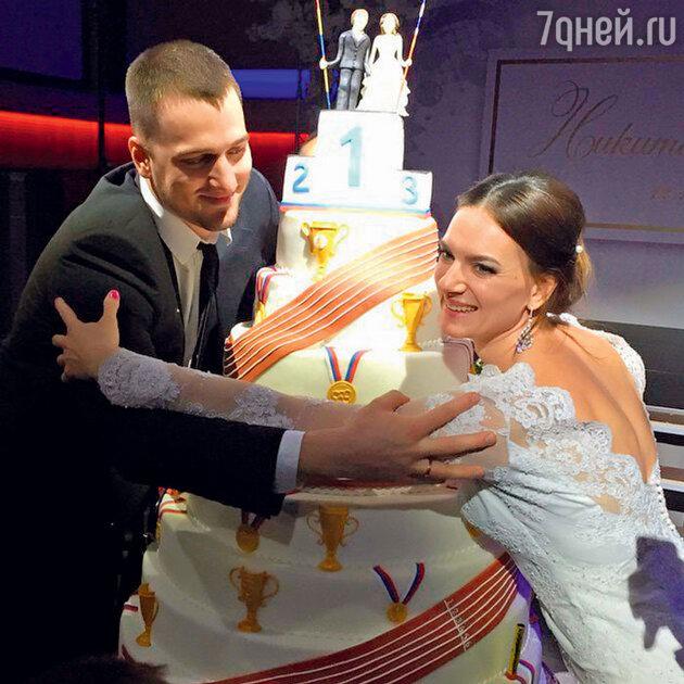 Елена Исинбаева и Никита Петинов