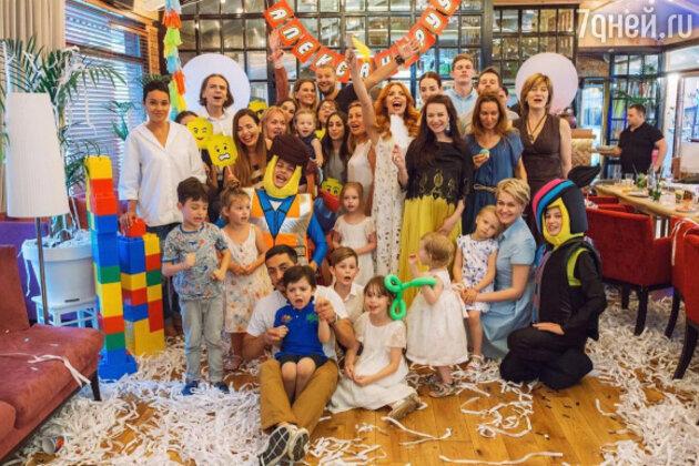 Гости праздника в честь дня рождения сына Анастасии Стоцкой