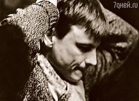Тарковский не был мне другом, поэтому его поступок я не считал предательством. Получил он от меня много позже и совсем не за «Андрея Рублева»