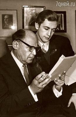 Борис Ливанов всегда был для меня главным критиком и советчиком. Ему первому я прочел и свои сказки, которые отец предложил показать Маршаку