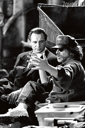 С режиссером Стивеном Спилбергом на съемках фильма «Список Шиндлера». 1993 г.