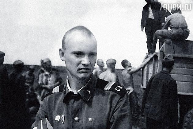 Леонид Бурлаков