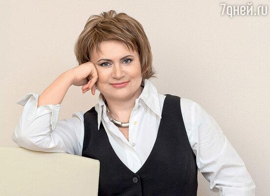 Нина Нечаева, главный редактор журнала «Коллекция. Караван Историй», стала лауреатом премии в номинации «Печатные СМИ. Журналы»