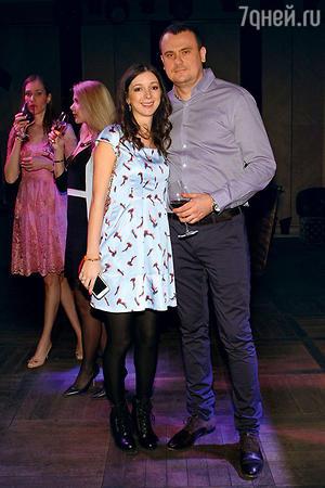 Сестра Натальи Подольской Юлиана с супругом Антоном