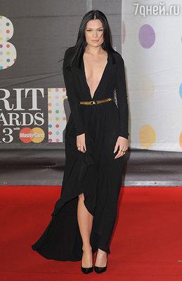 Джесси Джей — в платье от «Versace»