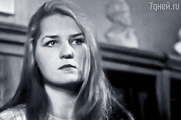 Нина Семенова в сериале «День за днем»