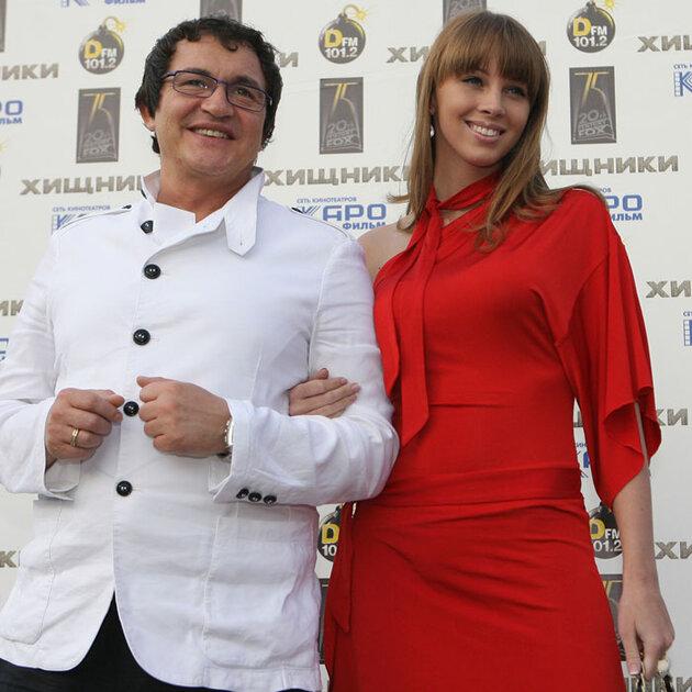 Дмитрий и Полина Дибровы ищут няню
