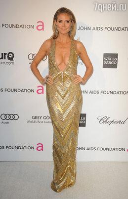 Известная во всем мире немецкая топ-модель Хайди Клум, несмотря на свой впечатляющий для этой профессии возраст — 39 лет — и рождение четверых детей, не теряет привлекательной формы и не стесняется демонстрировать ее на публике