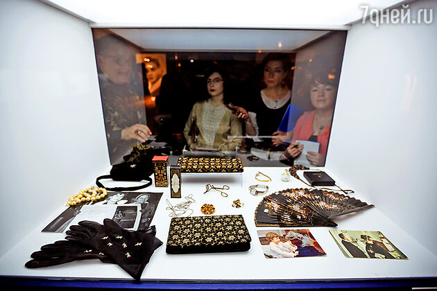 На выставке «Кино и мода»