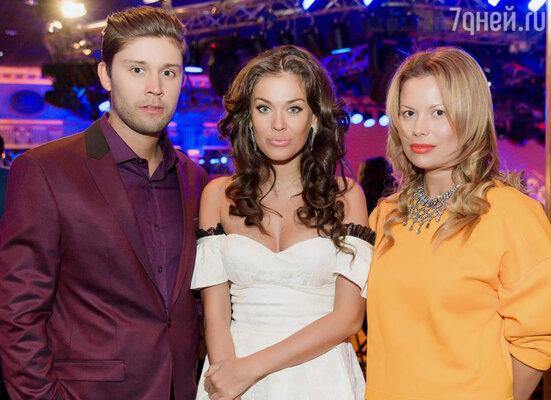 Таня Терешина была на записи шоу вместе с бойфрендом, виджеем Славой Никитиным