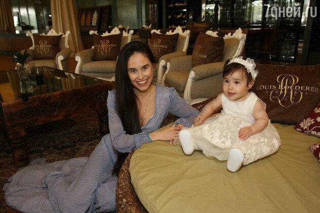 Илана Юрьева с дочкой Дианой