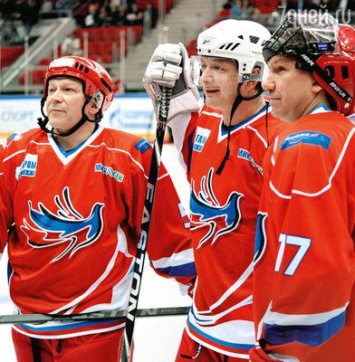Марат Башаров (в центре) с Игорем Угольниковым и Сергеем Кристовским