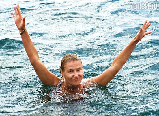 Ирина Розанова после заплыва в море