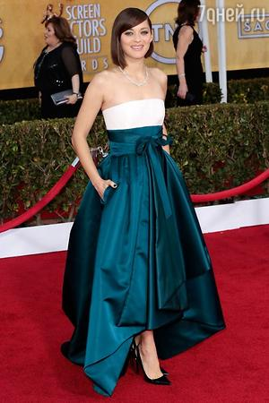 ������ ������� � ������ �� Christian Dior �� ������ Screen Actors Guild Awards � 2013 ����