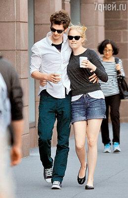 Эндрю и его партнерша пофильму Эмма Стоун влюбились друг в друга еще вовремя кастинга