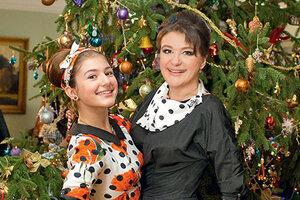 Анастасия Мельникова подарила детям 130 обезьян