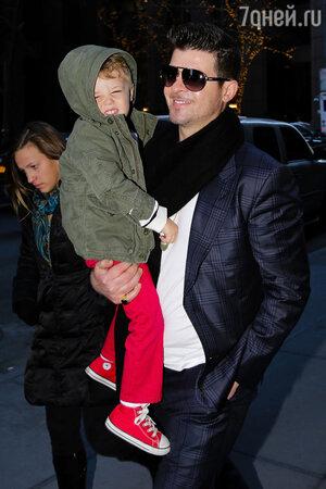 Робин Тик с сыном Джулианом