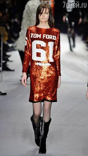 Модель Tom Ford на Неделе моды в Лондоне