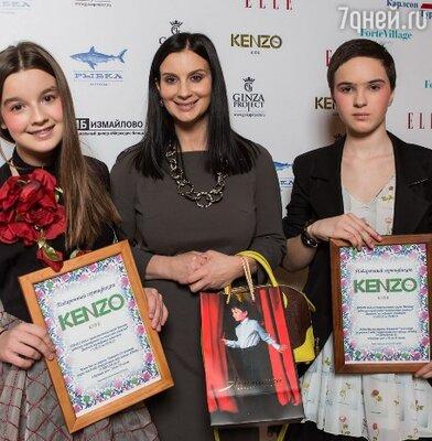 Екатерина Стриженова с дочкой Александрой