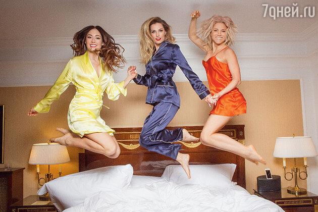 Саша Попова, Александра Савельева и Ирина Тонева