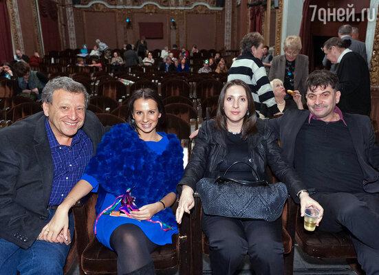 Борис Грачевский с женой Анной и Владимир Вишневский с женой Татьяной