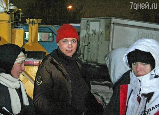 Актриса Светлана Антонова (в центре)