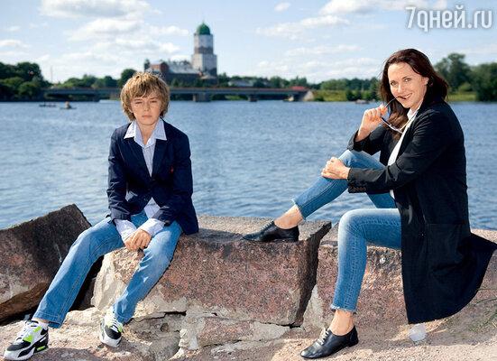 Татьяна Лютаева с сыном Домиником. Выборг