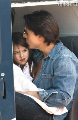 Том Круз с дочерью Сури...