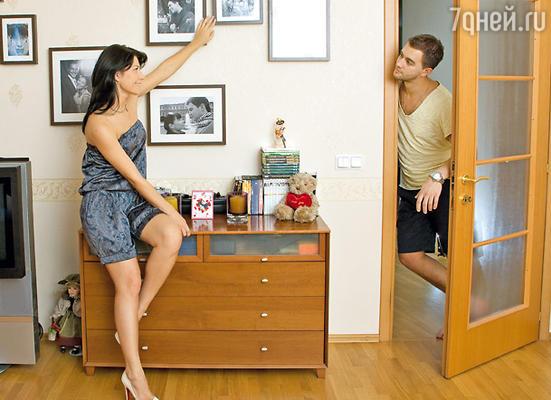 «Если твой муж — идеальный мужчина, приходится все время быть начеку»