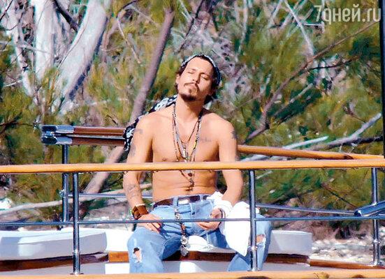 «Я знаю, что счастье не купишь ни за какие деньги, но можно купить яхту и хотя бы попытаться подплыть к нему»