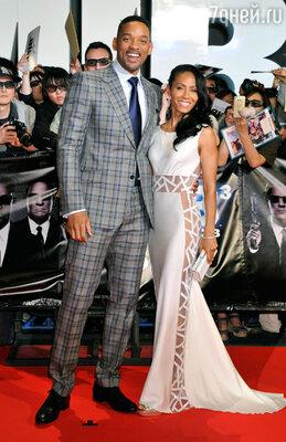 Уилл Смит с женой Джадой Пинкетт Смит на премьере в Токио