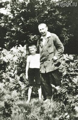С сыном Рихардом (на фото) Гашек виделся редко: жена не подпускала его к ребенку