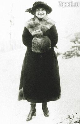 Во второй раз Гашек женился на Александре Львовой, простой девушке из Уфы. Шура была мила, заботлива, любила Ярослава пуще жизни