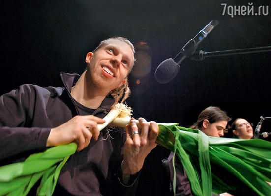 Великий Страдивари, надо думать, немало посмеялся бы, узнав, что скрипку можно сделать из лука-порея!