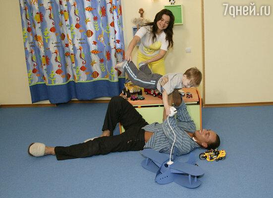 Сергей очень ценит то, что у него есть семья.