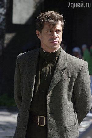 Павел деревянко в роли сотрудника уголовного розыска Егора Драгуна