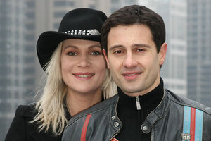 ВИДЕО: Антон и Виктория Макарские попали в ледяной плен
