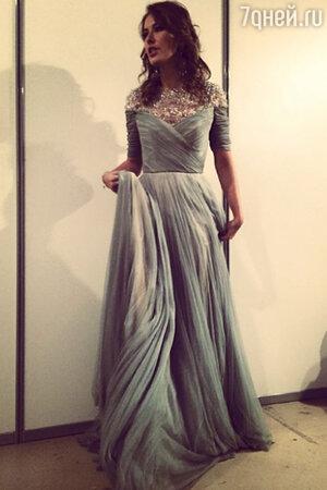 Ксения Собчак в платье Jenny Packham