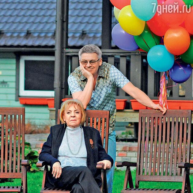 Зинаида Шарко с сыном Иваном