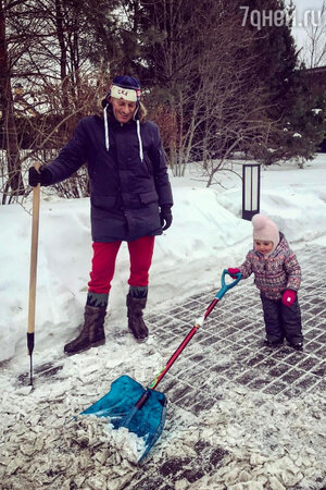 Дмитрий Песков с дочкой — Надеждой