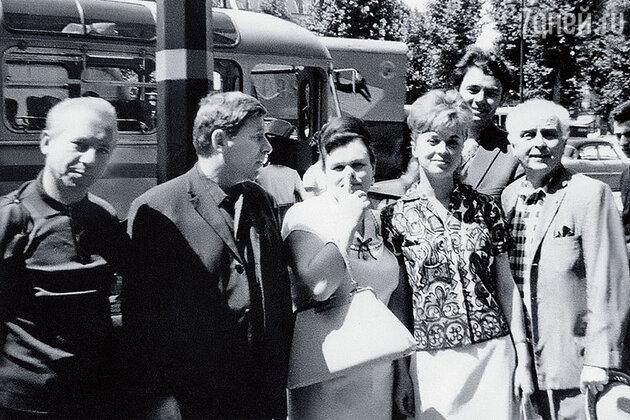 Людмила Зыкина, Элеонора Прохницкая и Юрий Гуляев