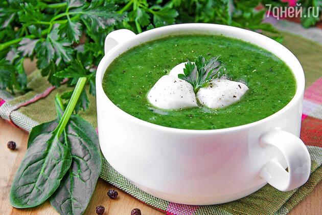 Суп из шпината с моцареллой и пармезаном