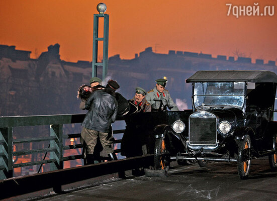 Тело «святого старца» сбрасывают с Кронверкского моста
