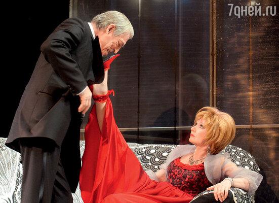 С женой ЛарисойЛуппиан вспектакле ТеатраимениЛенсовета «Смешанные чувства»